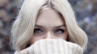 eyes-contact-lenses-winter