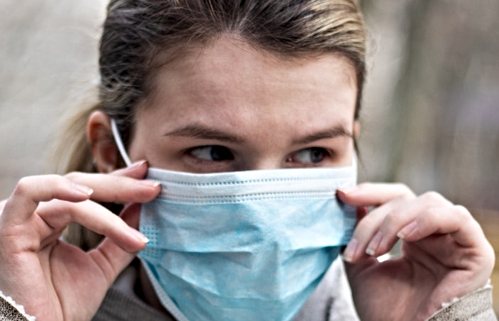 contact-lenses-vs-glasses-coronavirus-pandemic